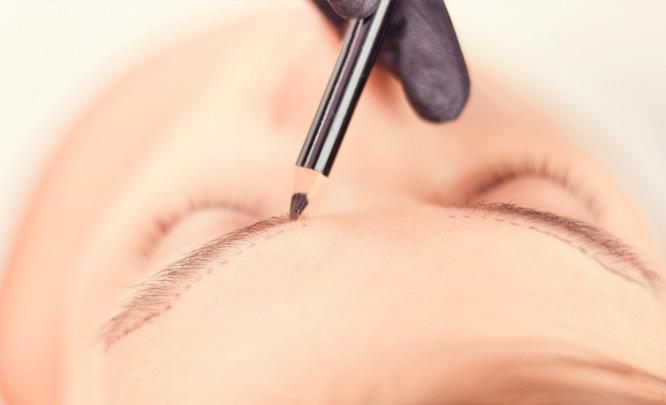2020 год – самое время для нанесения перманентного макияжа