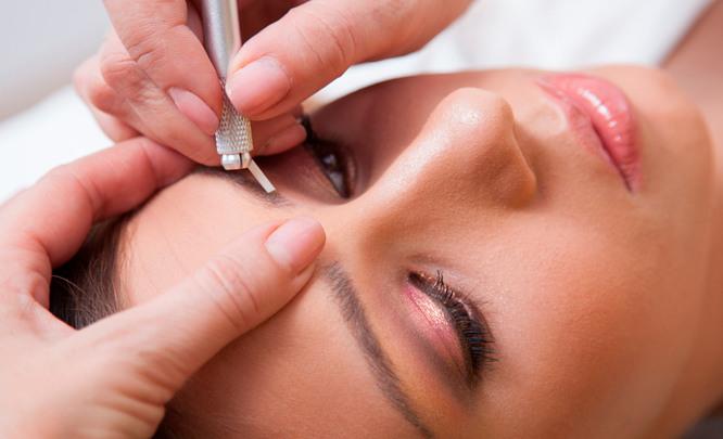 Техника шотирования бровей: натуральность и свежесть